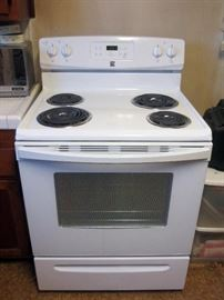 Stove in almost new condition.