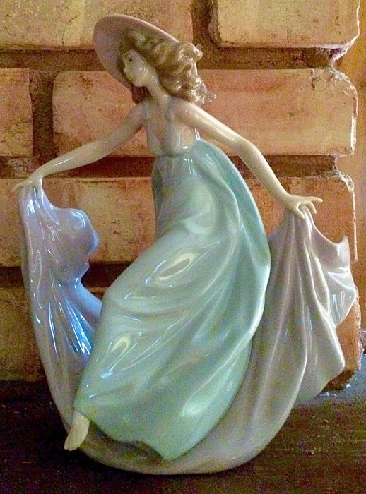 "Lladro ""May Dance"" Figurine"