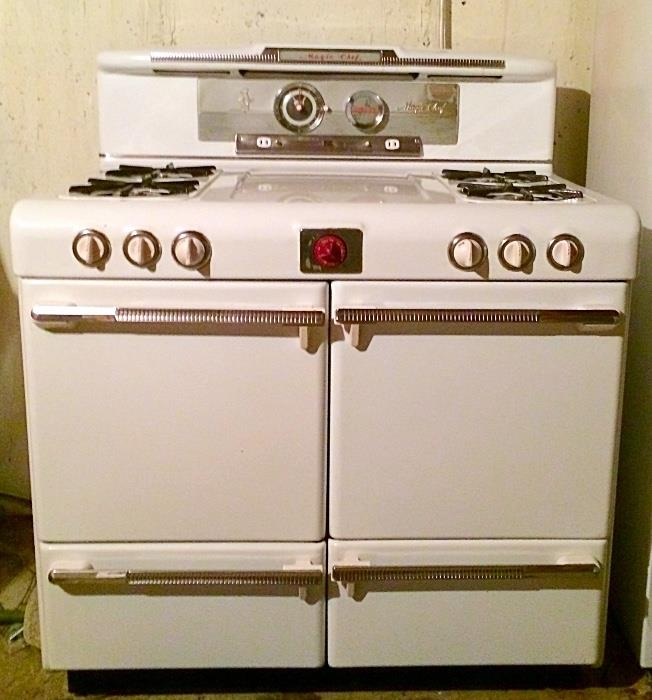 Vintage Magic Chef Dual Stove