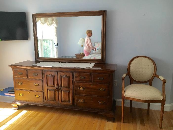 Solid  Pennsylvania House king size bedroom set. Very nice condition.