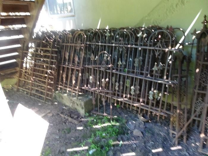 """Victorian Cast Iron Fencing - 16 Pieces - measuring 94""""W X 45""""H"""