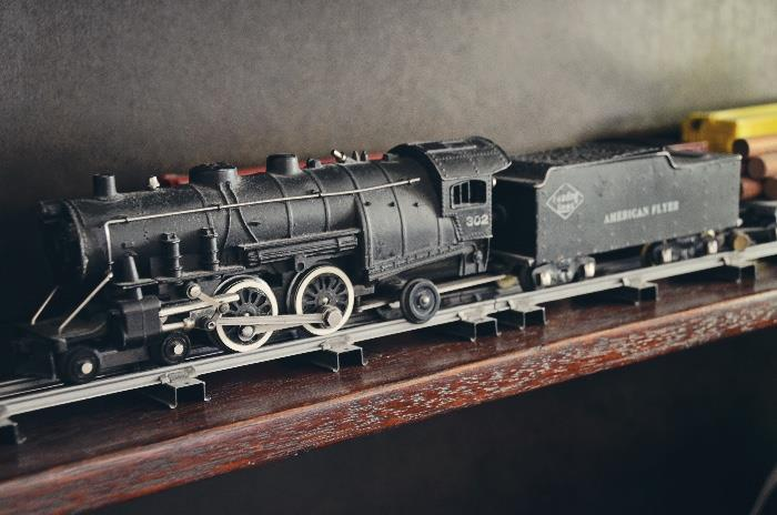 American Flyer 4615 Union Pacific Freight Train with Choo Choo Electric Train