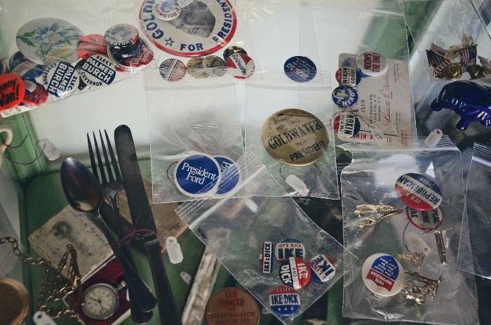 """Kennedy for King Goldwater for President campaign button, President Gord campaign buttons, Goldwater campaign buttons, Nixon campaign buttons and """"Dick Nixon Club"""" card"""