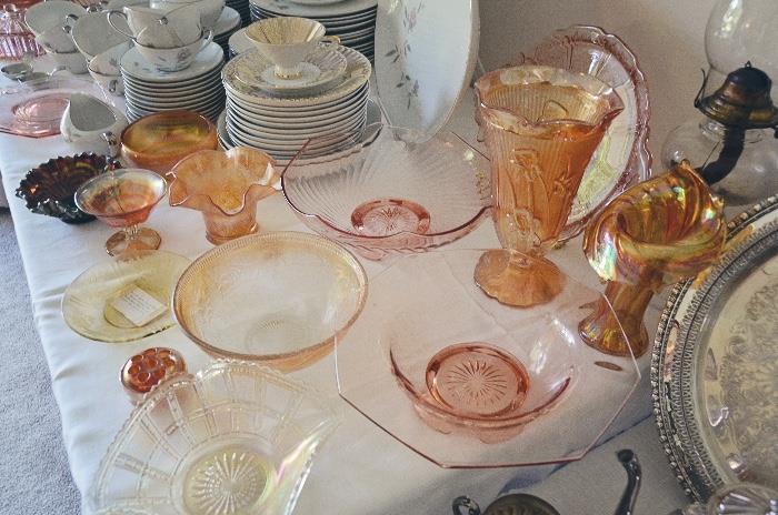 Imperial marigold Jack in the Pulpit vase, carnivsl glass, Fenton holly hat, pink depression glass