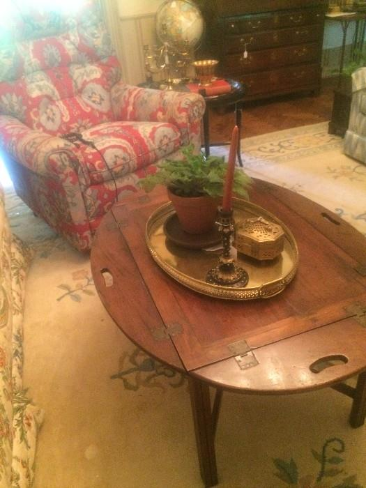 Butler's tray coffee table with brass accessories