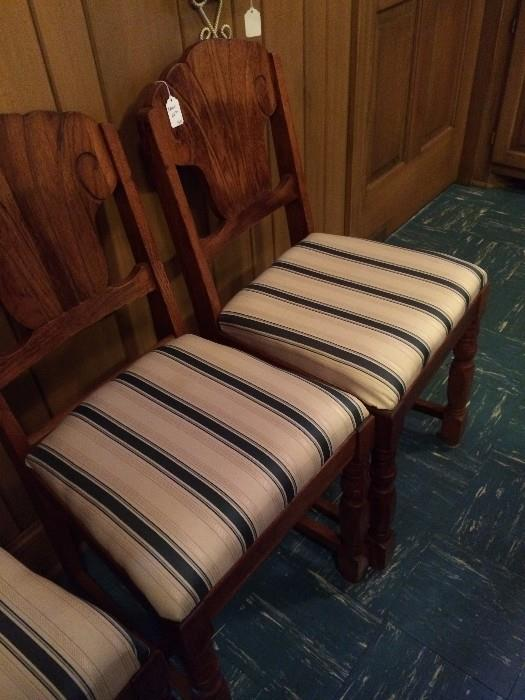 3 small antique chairs