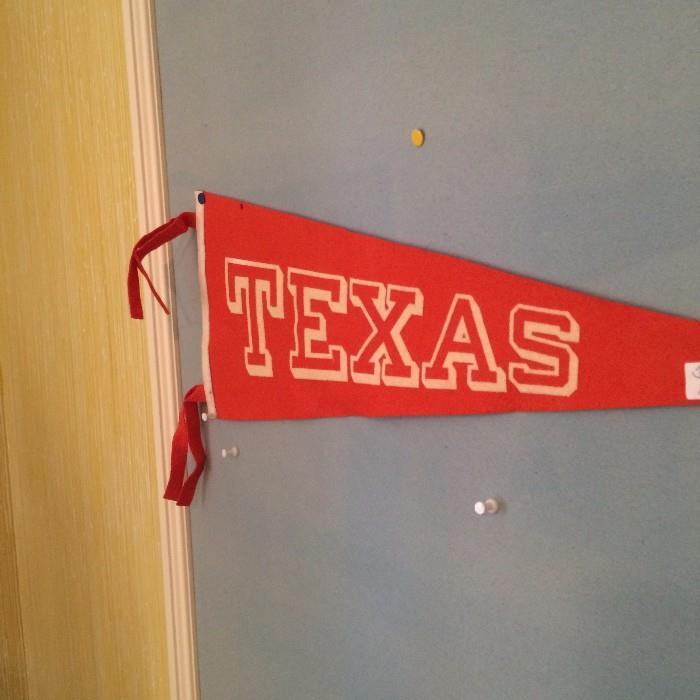 Univ. of Texas pennant