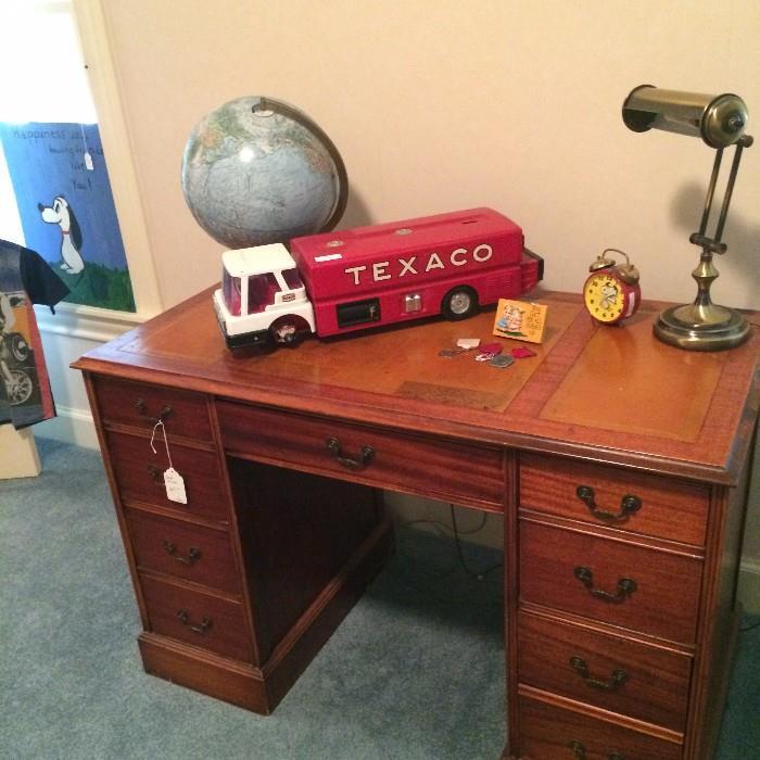 Desk; globe; Texaco truck