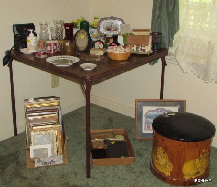 Decorative round storage stool, large photo frames