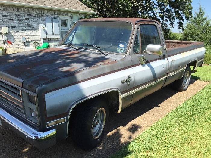 1986 Silverado in Running condition... may not be roadworthy.