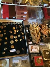 Military buttons, shields, medallions