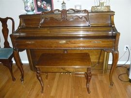 Gorgeous Wurlitzer Upright Piano