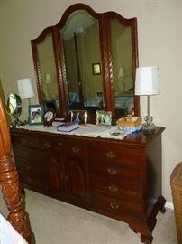 Triple Dresser w/Mirror