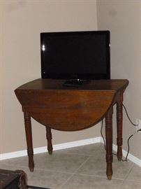 Nice old Drop-Leaf table (TV not for sale)