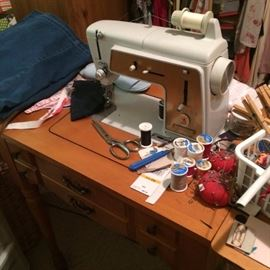 sewing machine~~!