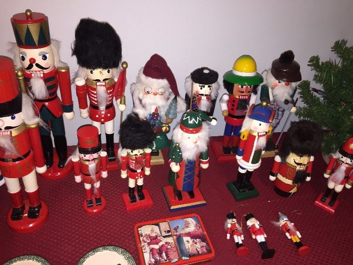 NUTCRACKER COLLECTION