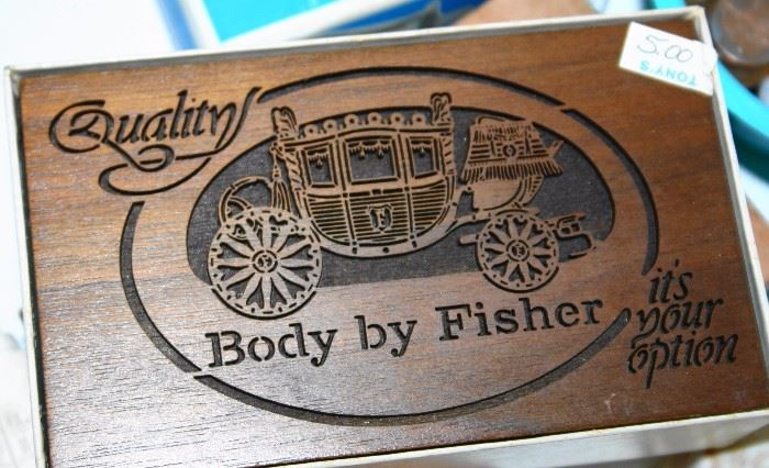 Fisher Body Plaque