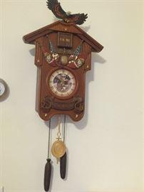 Franklin Mint Marine Corps cuckoo clock