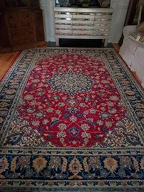 Yet another beautiful Persian rug, a Habibiyan Nain design, this hand woven, 100% wool beauty measures 8' x 11' 2''
