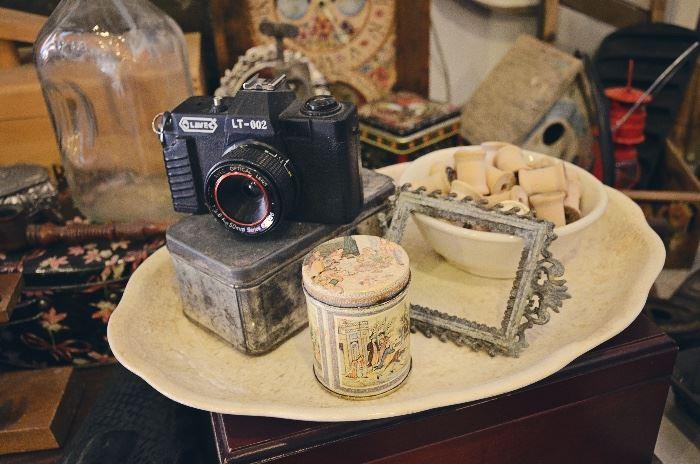 Vintage Camera, Tin, Vintage frame, Wooden Spools