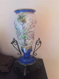 Pair of Victorian porcelin vases