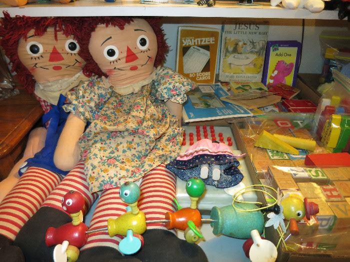Vintage Wood Pull Toy, Vintage Blocks, Raggedy Ann & Andy