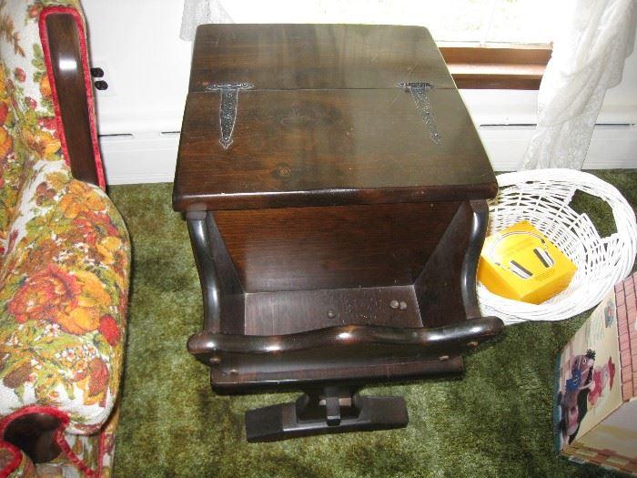 Vintage Hinged top end table