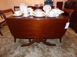 Homer Laughlin China Set