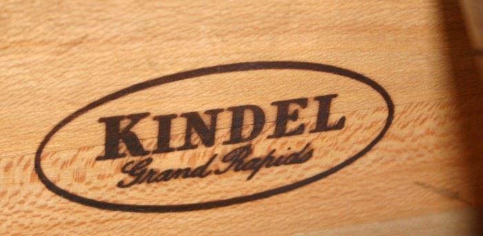 Kindel Grand Rapids Winterthur Museum Reproduction Hepple White Style Side Server
