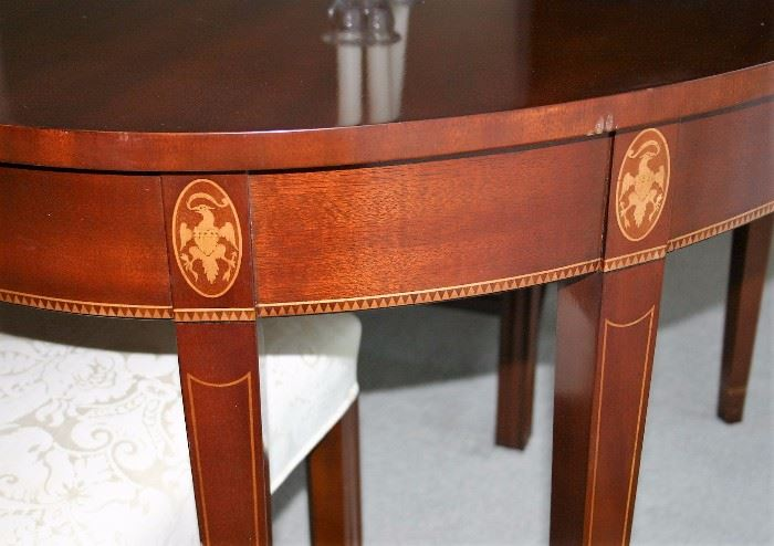 Kindel Grand Rapids Winterthur Museum Reproduction Hepple White Style Oval Table