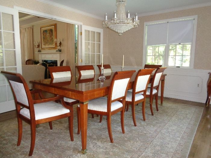 Baker's 8 Place Dining room set