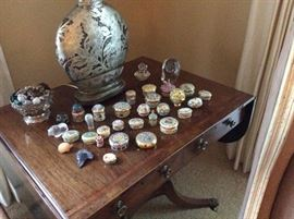 Assorted porcelain box collection
