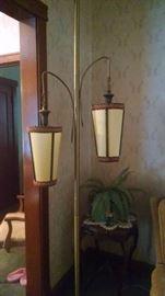 MID-CENTURY MODERN  DOUBLE FLOOR LAMP