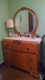 ****BEAUTIFUL*** 30S  WATERFALL / ART DECO BEDROOM DRESSER W/ MIRROR SET