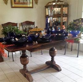 farm  house table, blue glassware