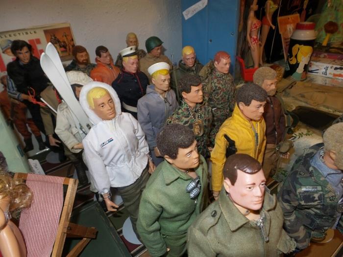 Vintage GI Joe Action Figurines