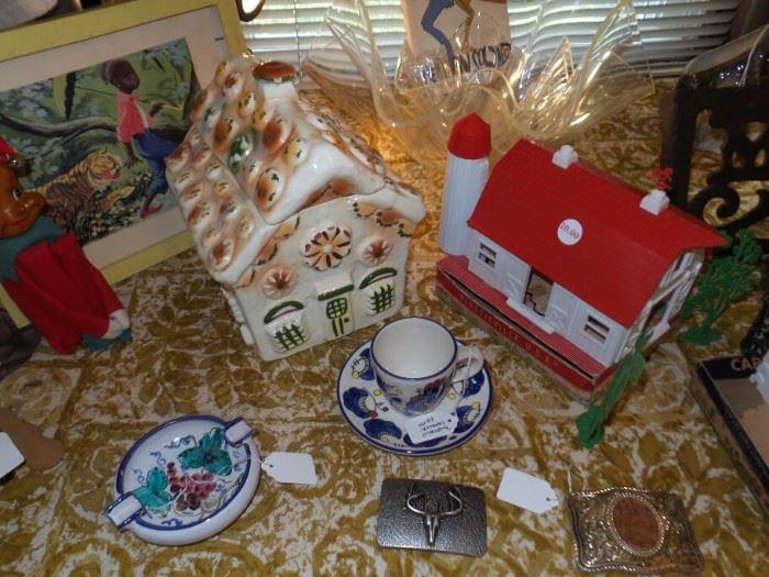 Sierra Vista Cookie Jar ~ Plasticville Barn With Box