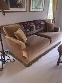 GORGEOUS TAN/CARAMEL SOFA WITH TASSELS