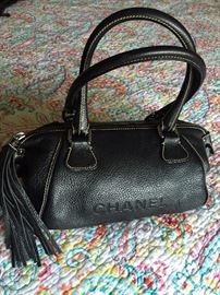 AUTHENTIC CHANEL LAX PEDDLED LEATHER HANDBAG WITH TASSLE