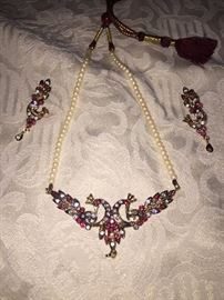 ETHNIC PEACOCK NECKLACE WITH RUBIES