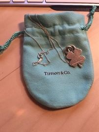 AUTHENTIC TIFFANY & CO CLOVER LEAF CHARM & NECKLACE