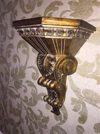 ORNATE GOLD WALL DECOR'