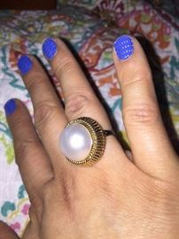 STUNNING ANTIQUE 14K GOLD & HUGE SOUTH SEA PEARL RING