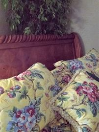 king size sleigh bed with shams