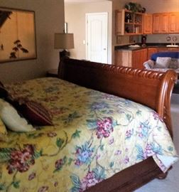 King size sleigh bed footboard and side view
