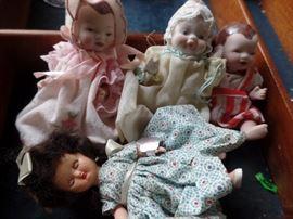 Vintage Dolls. Bye-lo Bisque (?)