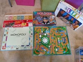 Monopoly 1961, Monopoly Electronic Banking, Life