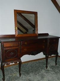 Great vintage buffet & mirror