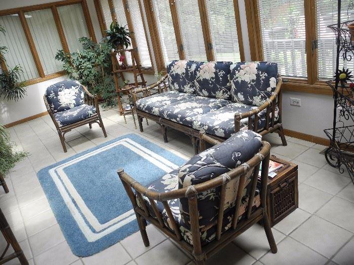 Lovely sunroom bamboo furniture