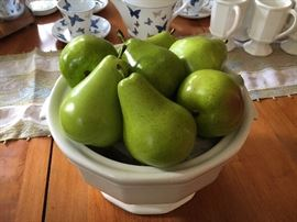 Those are not real pears. I know.
